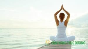 yoga chữa bệnh xương khớp